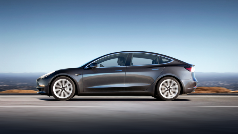 Tesla halts production of Model 3
